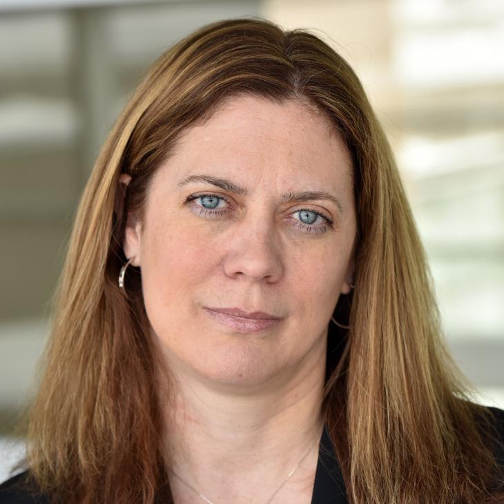 Susan Albring Headshot